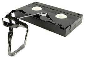 how to get a vhs tape out of a vcr